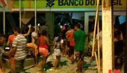 Grupo explode banco e mulher morre durante troca de tiro em Colinas