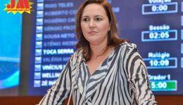 Deputada Nina Melo